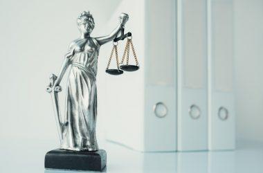 Bundesrechtsanwaltskammer verletzt Impressumspflicht und Datenschutz